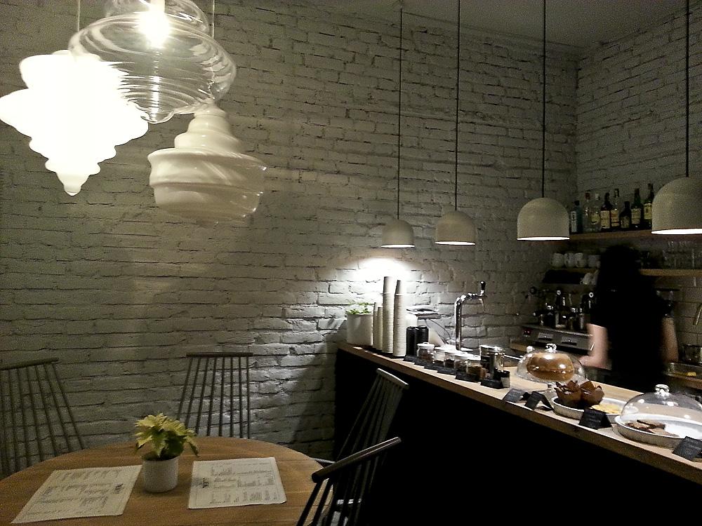 Twenty7 Cafe in Holešovice, Přístavní 27/339